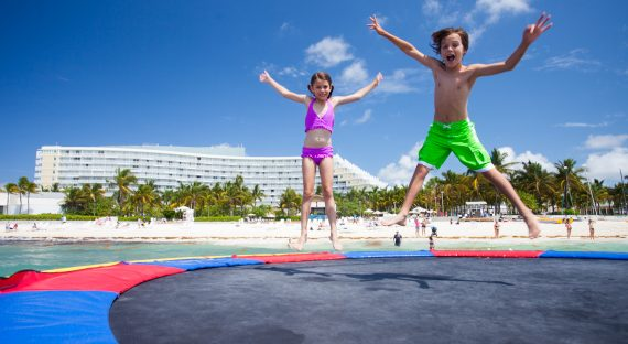 Waterfront Activities For Families: 5 Great Vacation Activities