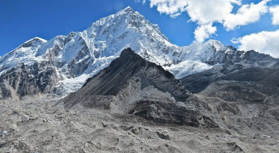 3 Tips for Preparing For A Family Trip To Mt. Everest